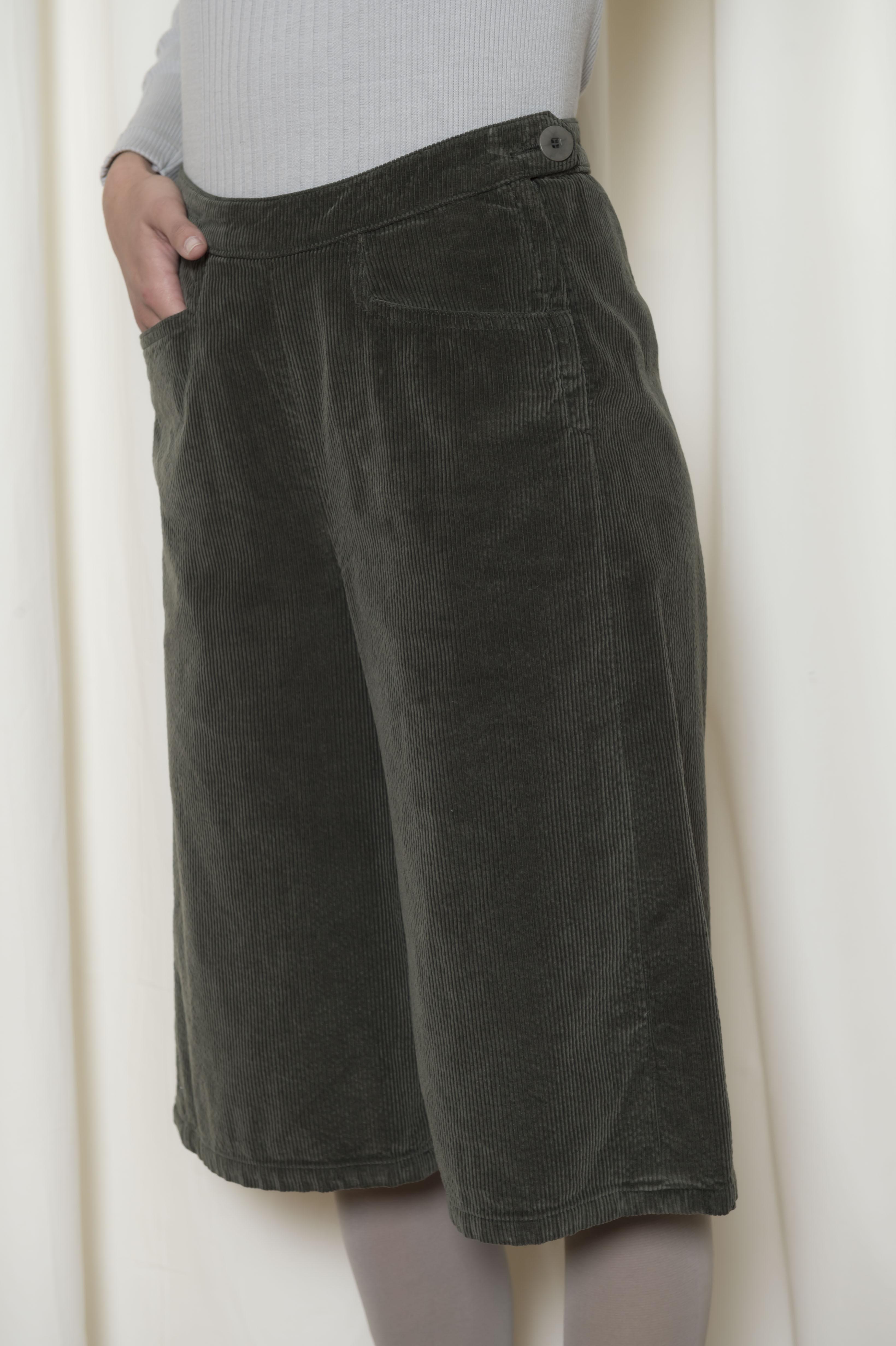 jupe culotte velours fines c tes 100 coton sugar. Black Bedroom Furniture Sets. Home Design Ideas