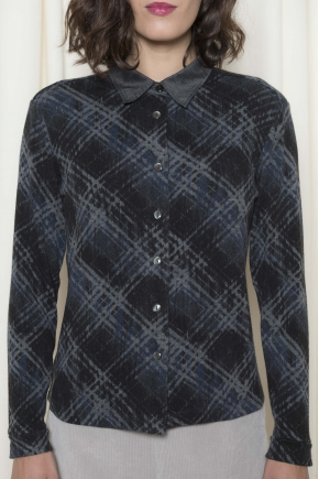 Shirt printed 97% acrylic 3 % elastane