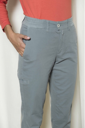 Pants in double canvas cotton 96% elastane 4%