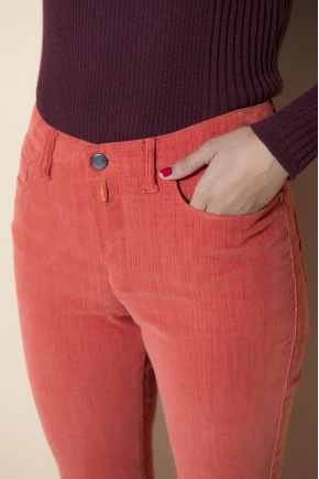 Pantalon 5 poches en velours élastomer