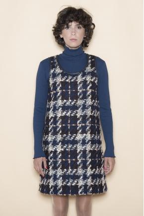 Robe  47% laine 16% polyamide 10% coton 10% acrylique 4% polyester