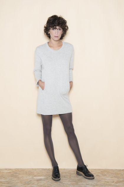 Dress 47% wool 30% viscose 10% cotton 18% polyester 3% cashmere