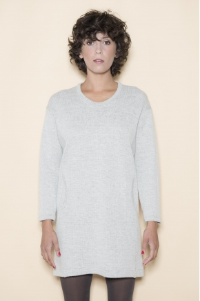 Robe 47% laine 30% viscose 10% coton 18% polyester 3% cachemire