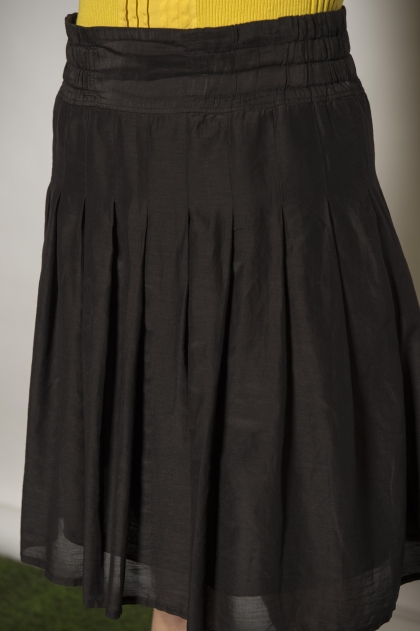Skirt 72% cotton 38% silk