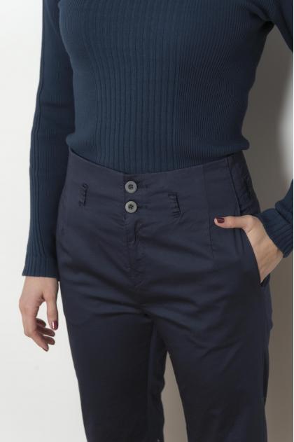Pantalon court satin léger 97% COTON 3% ELASTHANNE