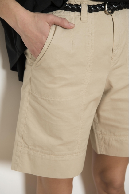 "Bermuda shorts in Fine ""gabardine"" used 100% Cotton"