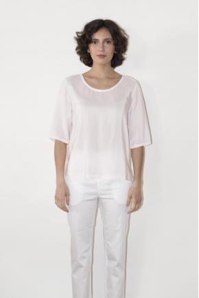 Blouse 53% Viscose 40% Micro modal 7% Silk