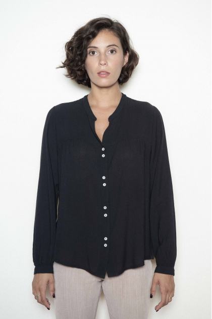 Blouse 50 % Cotton 40 % Modal 10 % Wool