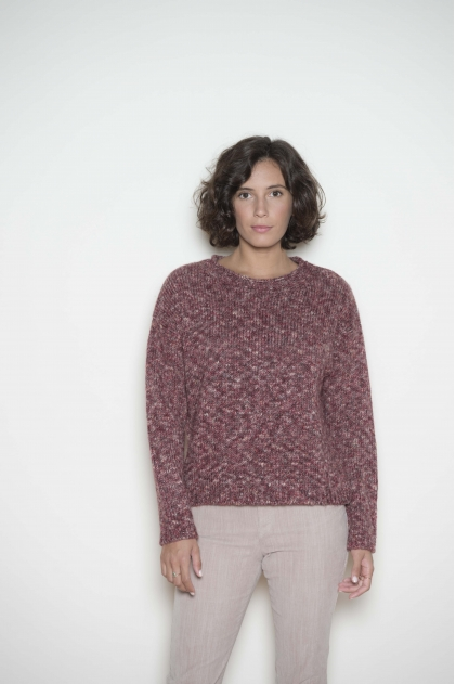Sweater 46% acrylic 20% wool 17% viscose 17% polyamide
