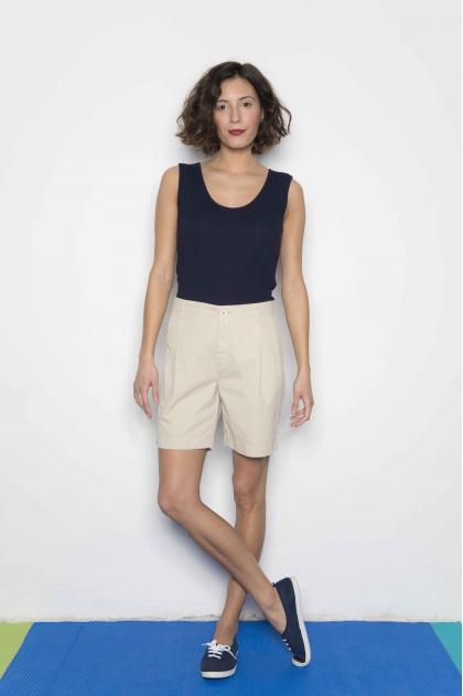 Shorts in Fine gabardine used 100% Cotton