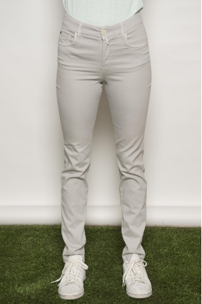 "Slim pants 5 pockets in ""satin strech"" 66% Cotton 31% polyamide 3% Elastane"