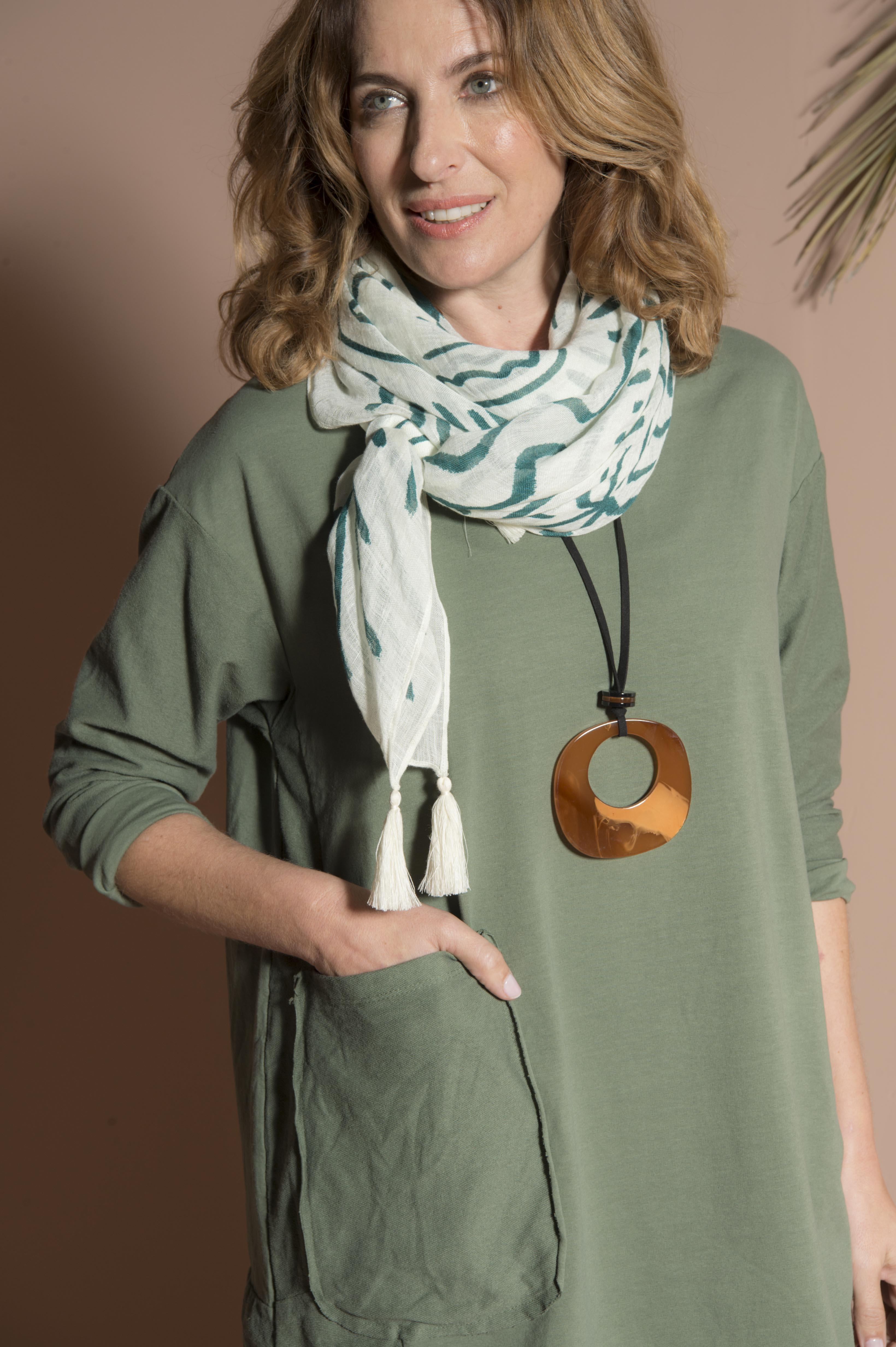 Square scarf 50% modal 50% linen 124 x 124 cm