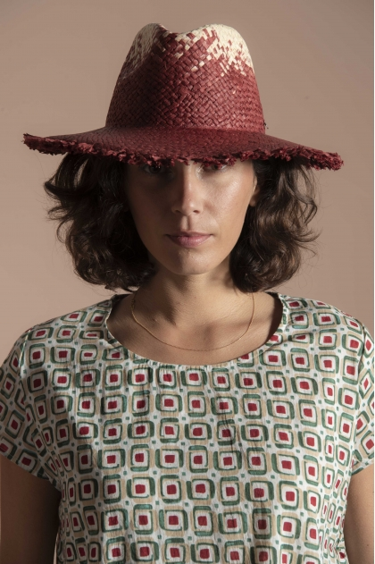 100% woven paper hat