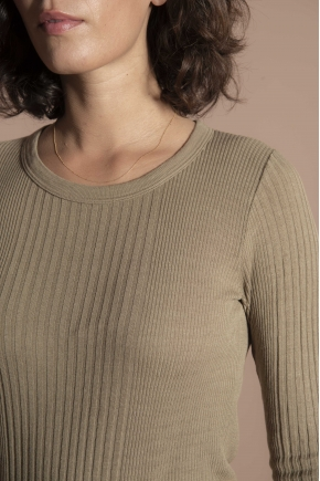 T-shirt 85% viscose and 15% silk ribbed richelieu long-sleeved