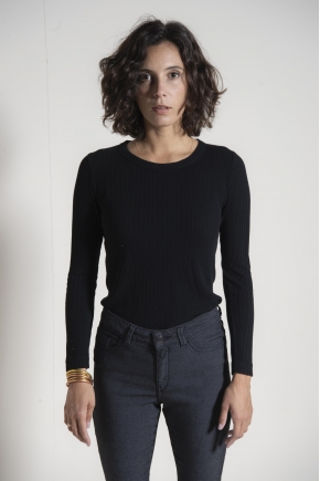85% viscose and 15% silk ribbed Richelieu knit T-shirt