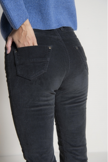 Pants 5 pockets velvet fine ribbed stretch 80% cotton 18% polyamide 2% elastane