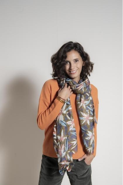 80 x 200 cm scarf 60% cotton 20% silk 20% cashmere