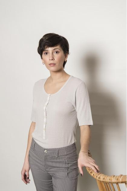 85% viscose 15% silk richelieu knit t-shirt