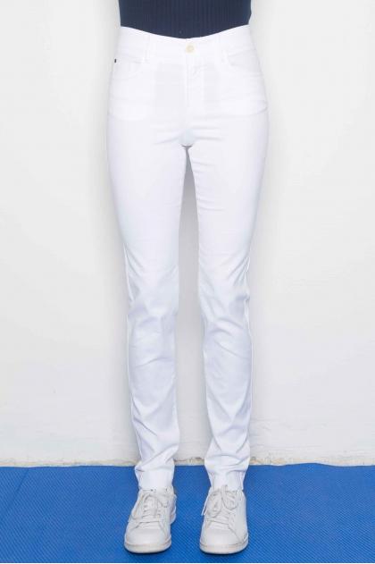 "5-pocket slim pants in ""satin strech"" 66% Cotton 31% polyamide 3% Elastane"