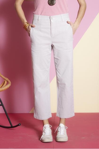 Pantalon court 98% coton 2% élasthanne