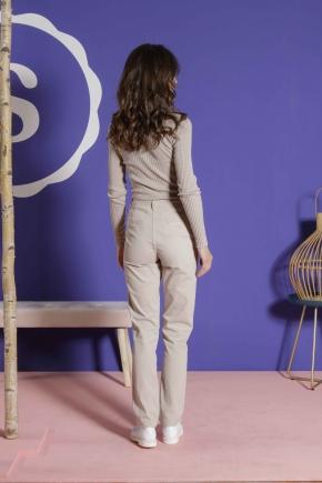 Pantalon 67% Coton 31% polyamide 2% élasthanne