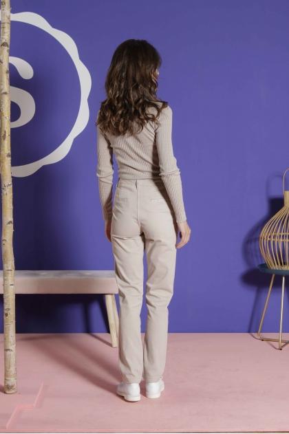 Pants 67% Cotton 31% polyamide 2% elastane