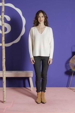 Sweater 100% virgin wool