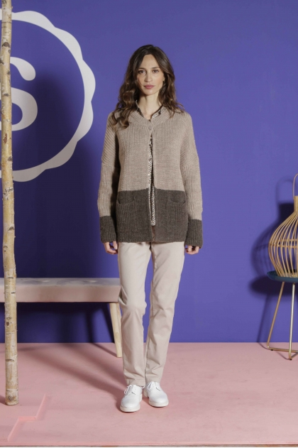 Vest 45% acrylic 40% alpaca 15% wool