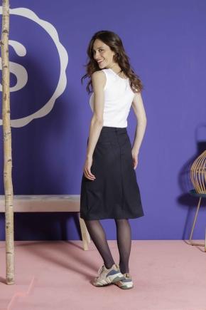 Skirt 71% polyester 27% viscose 2% elastane