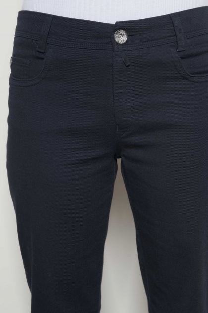 @Trousers divide Jean in twill 98% cotton 2% elasthanne